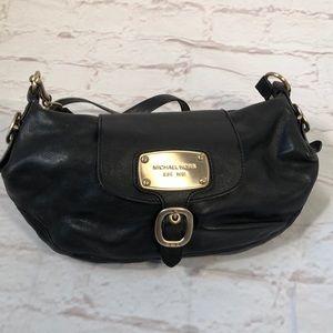 MICHAEL  Michael Kors leather shoulder bag!